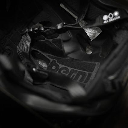 Bern_helmet03