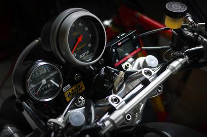 Yamaha_sr_meter
